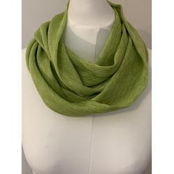 Snood en soie et polyester vert